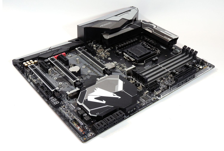 اختصاصی شهرسختافزار: بررسی مادربرد GIGABYTE Z370 AORUS Gaming 7 + اولین نتایج Intel Core i7 8700K در ایران