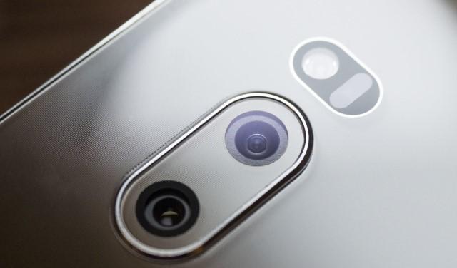 کالبدشکافی LG V30 نشان میدهد: پیشرفتهترین سنسور دوربین موبایلی در پرچمدار الجی