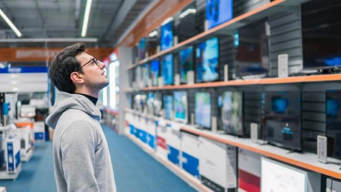 Man_Buying_TV.jpg