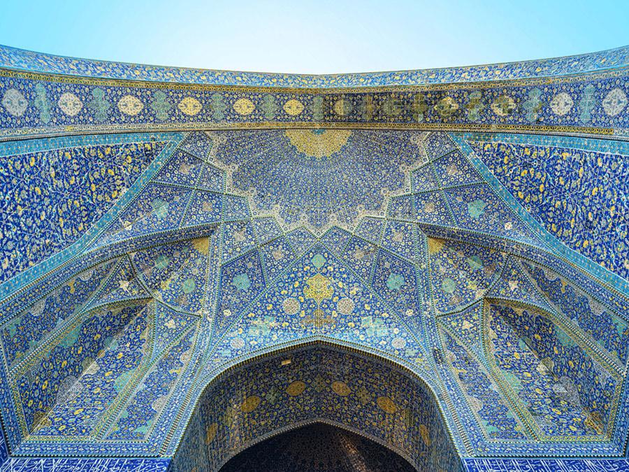 https://www.shahrsakhtafzar.com/fa/images/99/01/review/Isfahan/Masjed-Jame-2.jpg