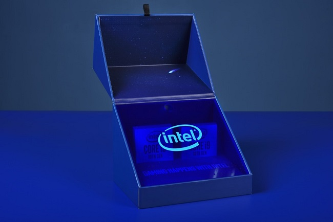 Intel-Core-i9-10900K-and-Core-i5-10600K-review-kit-Xfastest-6.jpg